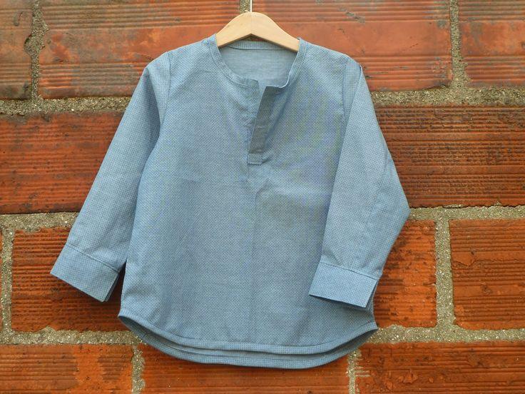 Une chemise pour Paul    Quoi ? Encore une chemise ? Non mais ça commence à faire là, faudrait peut-être songer à coudre aut...