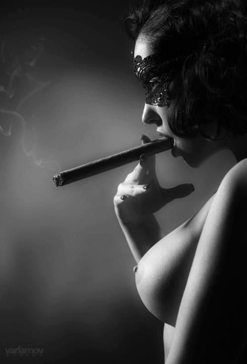 The cigar is not where it should be. Ask Monica Lewinsky.Cigarladi Cigarbab, Sexy, Smoke Hot, Masks, Hot Cigars, Cigars Smoke, Cigars Girls, Women, Cigars Lady
