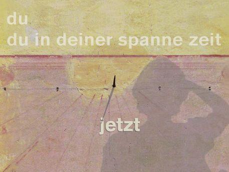 """""""du in deiner spanne zeit - jetzt"""" Mixed Media von Juliane Tenner-Hebel jetzt als Poster, Kunstdruck oder Grußkarte kaufen.."""