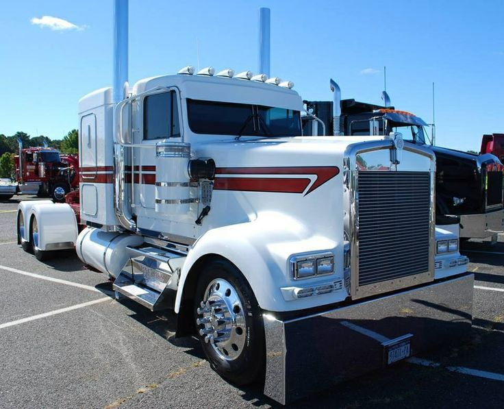 White And Red Striped Kw Big Rigs Pinterest Red