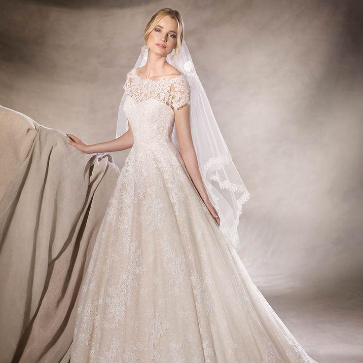 Coleção Oficial ~ Vestidos de Noiva 2017! 💐 ❤ Peças limitadas e exclusivas! ❤ ❤   .  .  Agende seu horário: (21) 2529.6402 • 2512.3900 :: contato@internovias.com.br :: .  .  Endereço: Rua Visconde de Pirajá, 540 • loja 216 • Ipanema • Rio de Janeiro • RJ  .  .  :: #inspiração #internovias #vestidodenoiva #casamento #vestidosdenoivas #noivas #noiva #princesa #amor #sonho #modanoiva #modacasamento #moda #fashion #beleza #feminino #mundofeminino #mulher #mulheres