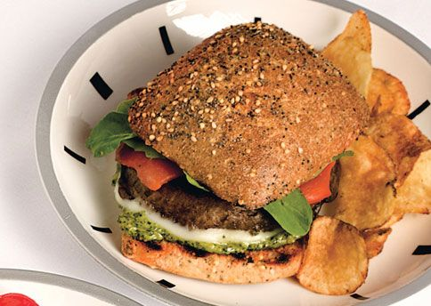 portobello mushroom burger: Portobello Sandwiches, Peppers Recipe, Veggies Burgers Recipe, Portobello Burgers, Pesto, Roasted Peppers, Sound Better, Healthy Food, Provolon