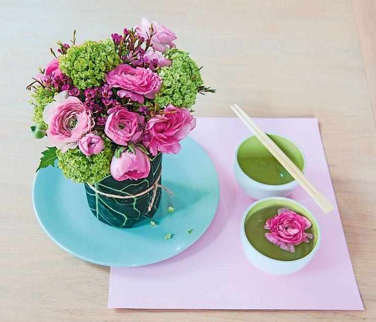 #TRUFFAUT - Bouquet de renoncules, wax et viburnum.
