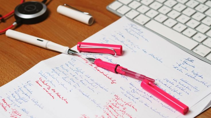 Lamy Safari Neon Pink mit roter Füllung  #lamy #safari #pen #füller #füllhalter #fountainpen