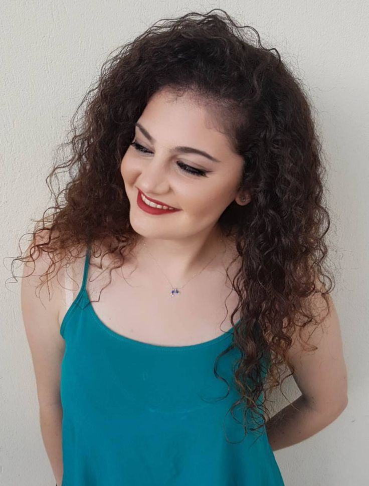 "Smiling freshness! Lips: Ο-morfia Matte Revolution Liquid Lipstick: Moulin Rouge, Eyes: O-morfia Eyeshadow: ""Pale Taupe"" & ""Caoline"" , Music Flower Gel Eyeliner. Δείτε τα προϊόντα του look στο www.o-morfia.gr"