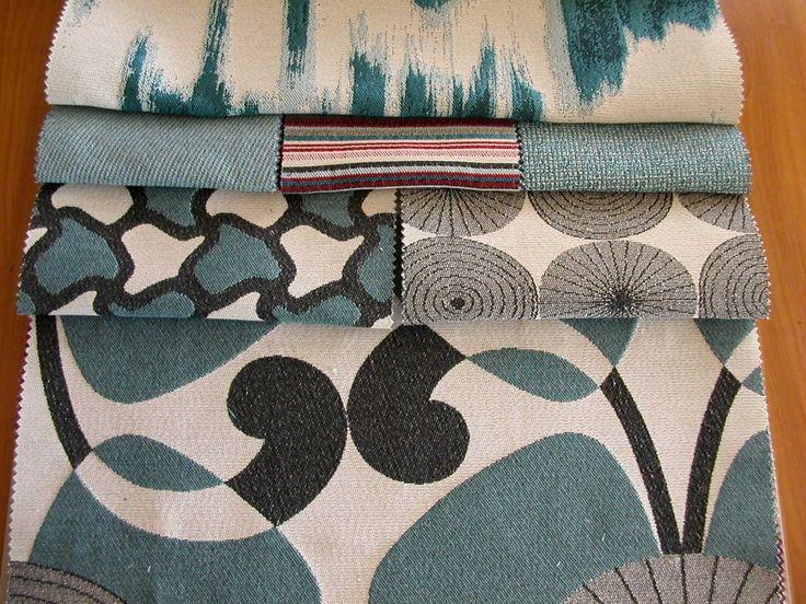 Modern mintás natúr hatású szövött bútorszövet.