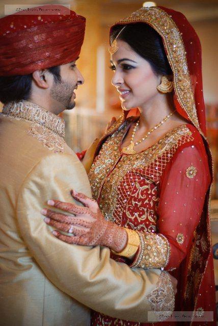 Dulhan pakistani bride desi wedding dulha groom punjabi.  http://www.shaadi.org.pk/