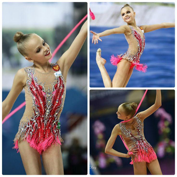 Alina Ermolova (Russia), junior; rope and clubs 2016 (photos by Oleg Naumov)