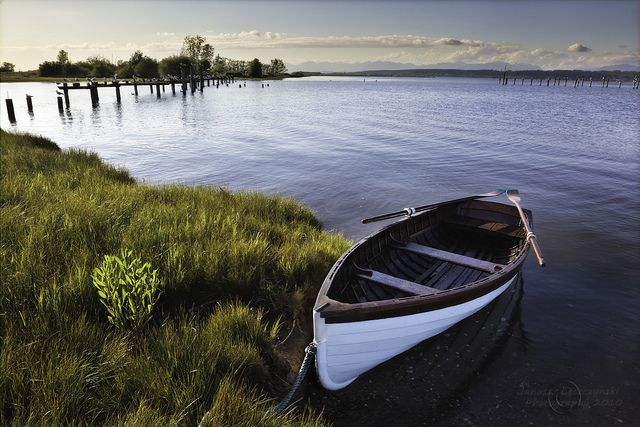 Antique Wooden Row Boat – new … to me by janusz l, via Flickr