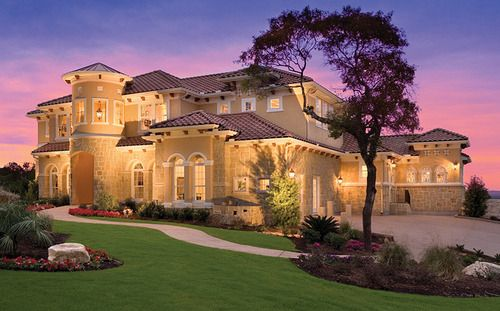 Pinned a picture of the back of my dream home a long time ago, finally found the front!