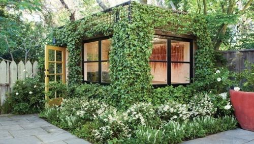 This is great way to ensure your garden shed blends in well with your garden!  #Eco #Garden Source: http://www.mnn.com/your-home/remodeling-design/blogs/playing-catch-up-the-green-home-party
