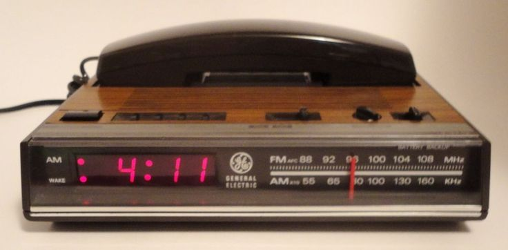 Vintage/Retro GE Red LED Radio Alarm Clock With Built In Phone http://stores.ebay.com/pricelessfinds/Vintage-Collectible-/_i.html?_fsub=10901744017