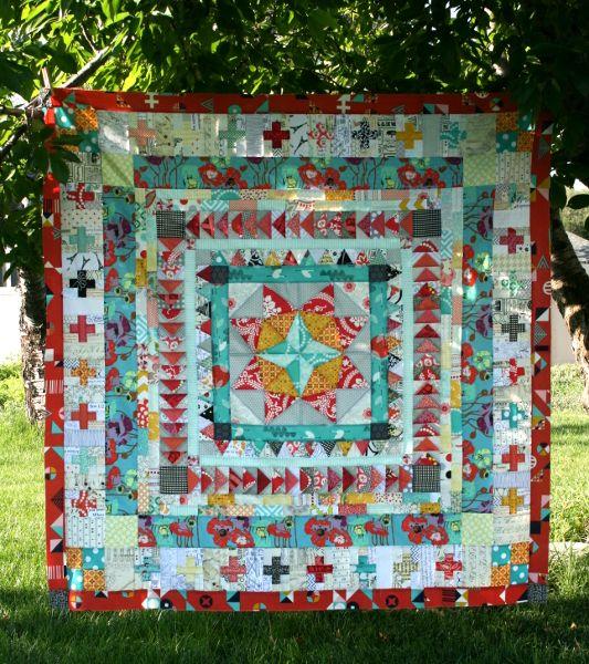 marcelle medallion quilttop from Hopeful Homemaker