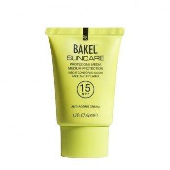 Crema antiedad para la piel del rostro que nos protege de las radiaciones UV, al mismo tiempo que nutre, reafirma y previene los signos de envejecimiento. http://belleza.tutunca.es/crema-solar-facial-antiedad-bakel-spf-15