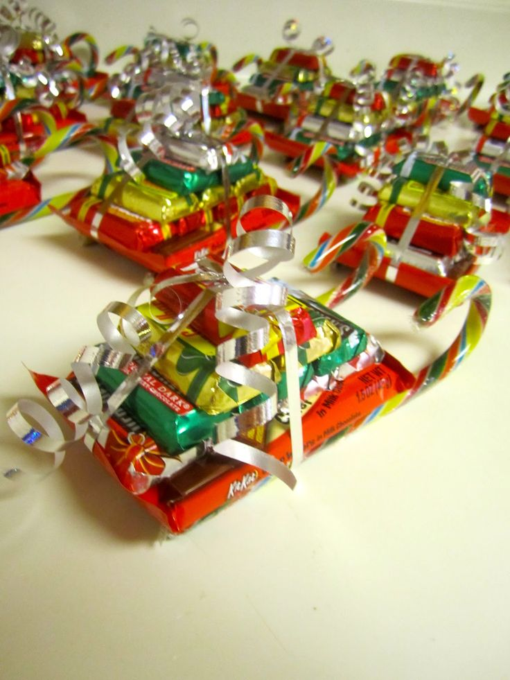 """Christmas """"sleighs""""---A great gift for teachers, neighbors, coworkers, etc. Maybe for the mailman?"""