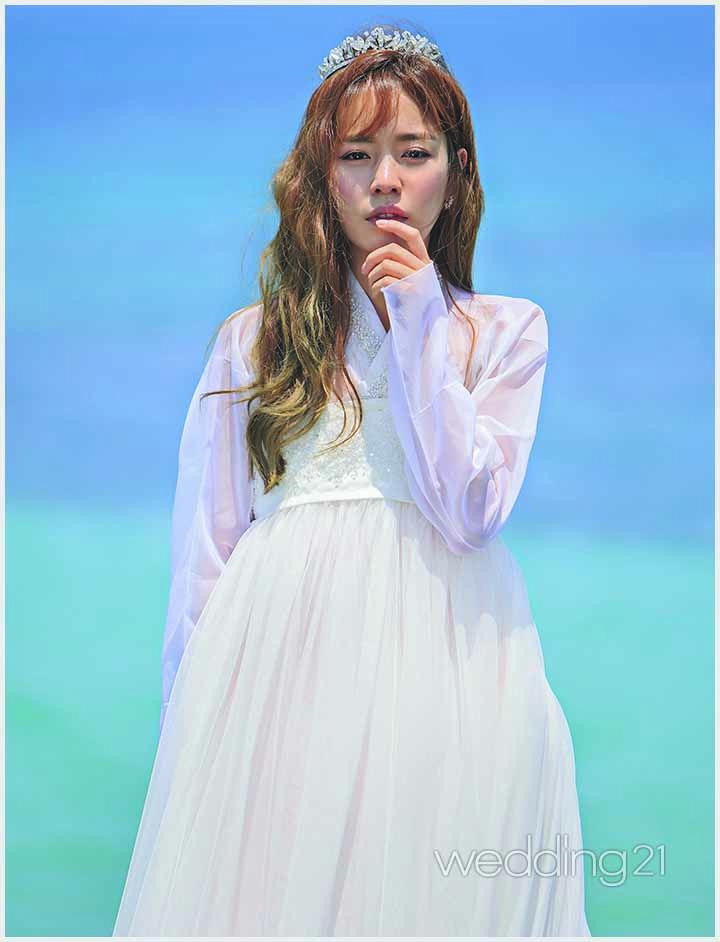 순수와 열정, 그리고 우아함 까지 배우 홍아름 , 서담화의 고운 한복을 입다 1