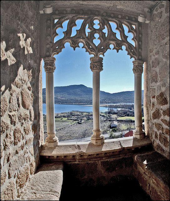 Desde una ventana del Castillo de Manzanares el Real (Madrid-Spain). Titular del castillo : D. Diego Hurtado de Mendoza y Figueroa.(grande de España).