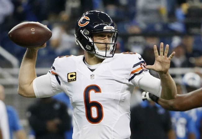 American Footballer Jay Cutler in an NFL match between Chicago Bears and Detroit Lions in October 2015...