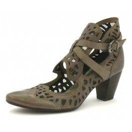 Escarpins Muratti taupe modèle R7736C à -39% sur Trenzia.fr. Chaussures pour femme, en cuir. Escarpins à talon de 5 cm, bout pointu. Livraison gratuite.