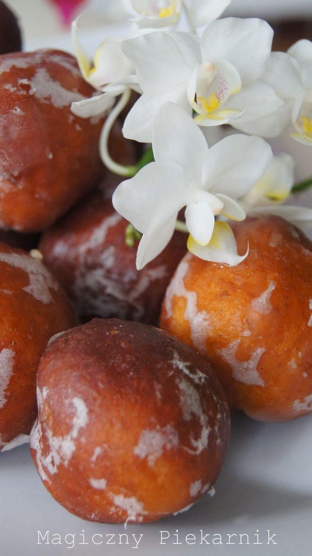 Magiczny Piekarnik: Małe pączki z cytrynową nutą!