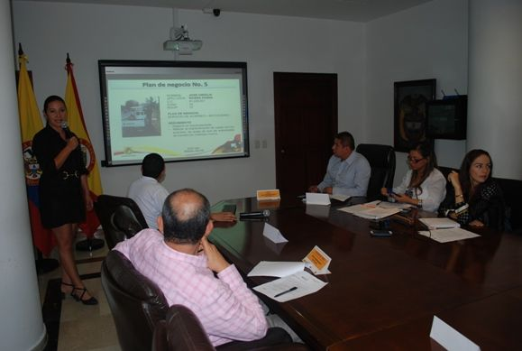 La alcaldía de Pereira continuará apoyando a vendedores informales a través de capital semilla
