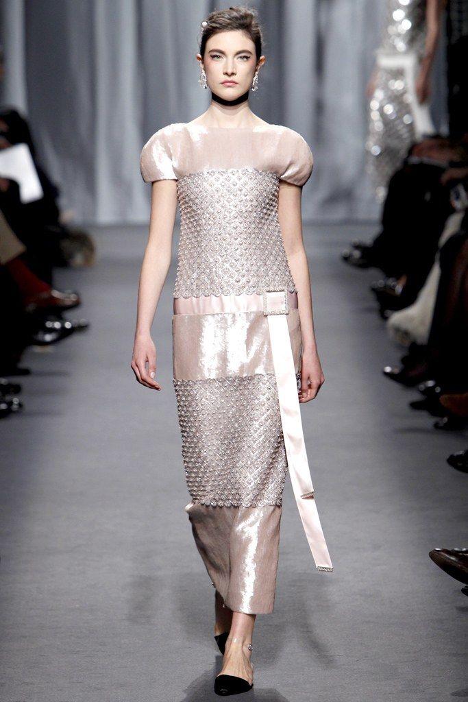Chanel Spring 2011 Couture Fashion Show - Jacquelyn Jablonski (Elite)