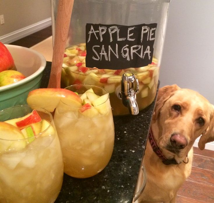 APPLE PIE SANGRIA! yum. so easy and delicious. happy autumn! #blogherholidays