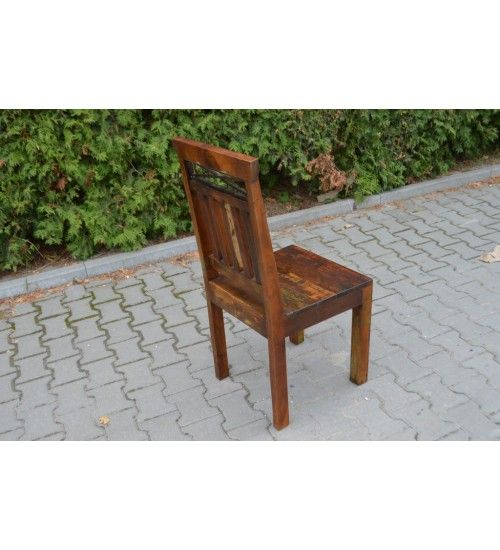 Wykonane sa ręcznie przez najlepszych #indyjskie #stolarzy #Krzesła @ http://www.indianmeble.pl/krezla #meble