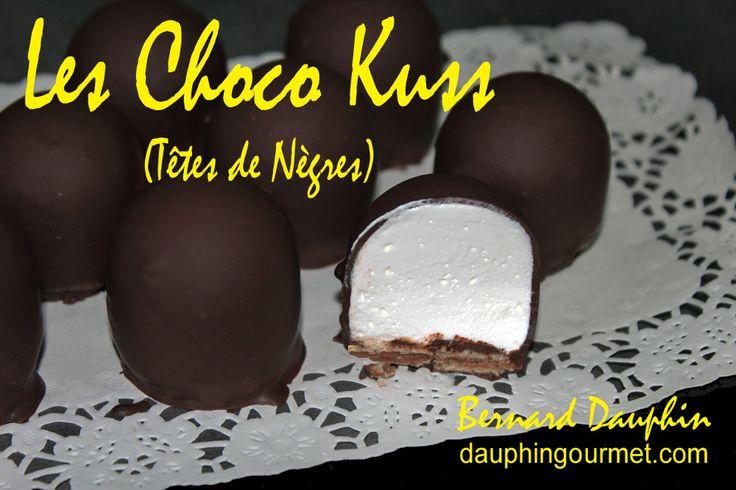"""Les choco Kuss : littéralement """"baisers au chocolat"""" (connus, en France, sous le nom traditionnel de """"Têtes de Nègres"""" : .... cette appellation est aujourd'hui interdite !), sont des confiseries réalisées avec une guimauve légère posée sur une gaufrette..."""