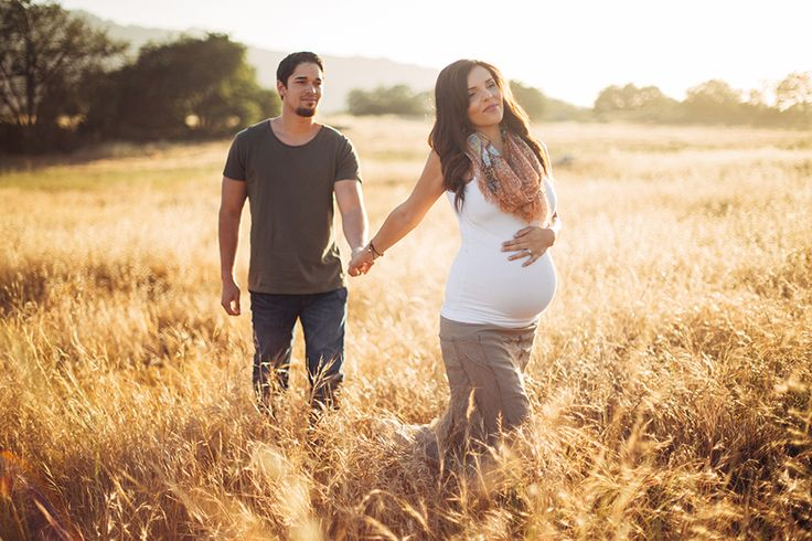 outdoor maternity photography | murrieta | temecula | san diego | orange county | photographer | rustic | new parents | pregnancy outfit | open field