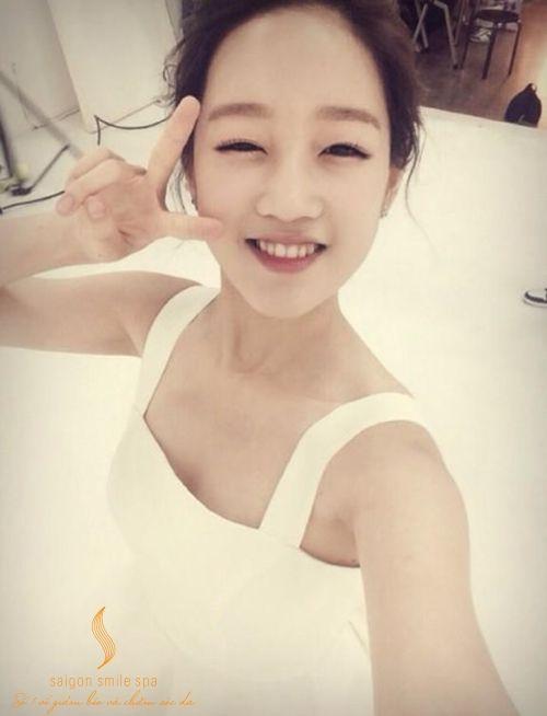 Rửa mặt ngừa mụn, trắng da theo cách của Park Bo-ram