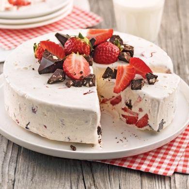 Gâteau glacé aux fraises et chocolat - Desserts - Recettes 5-15 - Recettes express 5/15 - Pratico Pratiques