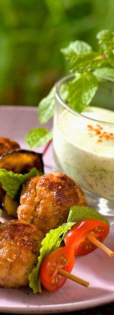Boulettes grillées et sa sauce au yaourt