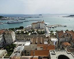 Vacanta in Croatia - pachet pentru 2 persoane, include bilete de avion si 7 nopti cazare, iar plecarea este pe 11 iunie Licitatia incepe pe 28 Martie, de la ora 11:00 si porneste de la 1 leu!