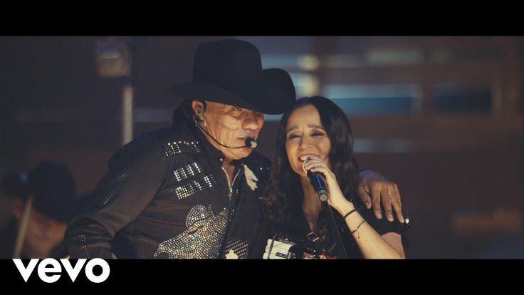 Bronco - Adoro ( Primera Fila ) (En Vivo) ft. Julieta Venegas