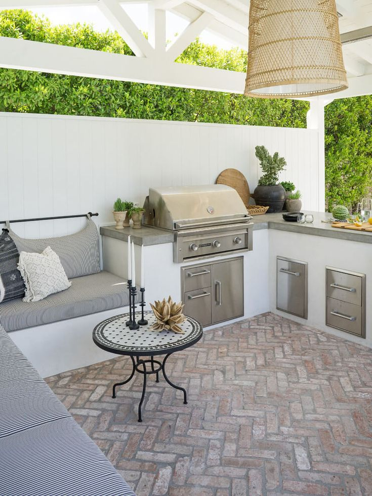 26+ Patio Ideas to Beautify Your Home On a Budget   – Hauptterrasse am Haus