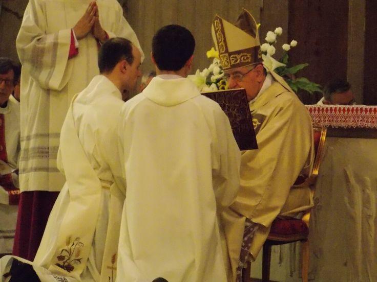 Un momento dell'ordinazione sacerdotale