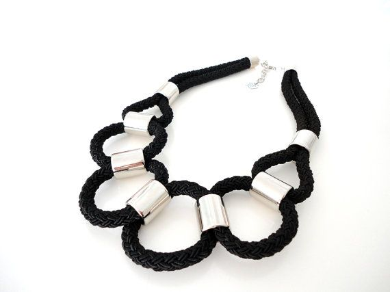 Black Rope Tribal Statement Necklace di ChichiKnots su Etsy, $35.00