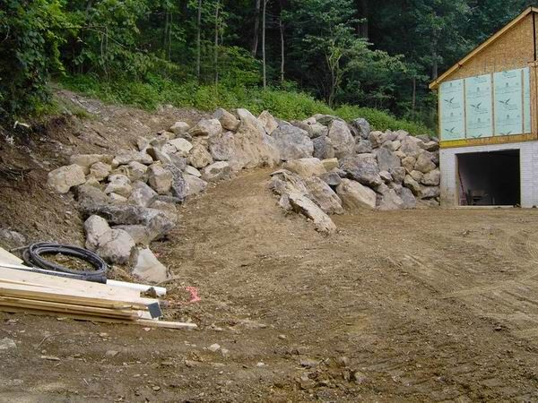 boulder retaining wall   Boulder retaining wall? - Ground Trades Xchange - a landscaping forum