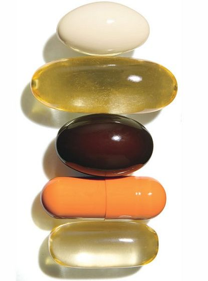 Good pills for skin: Coenzyme Q10, Evening Primrose Oil, Vitamin C, Poypodium Leucotomos and Fish Oil