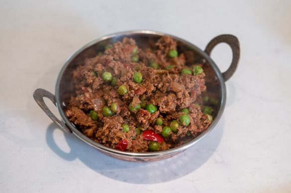 Kheema Mutter Curry (Lamb minced with peas).