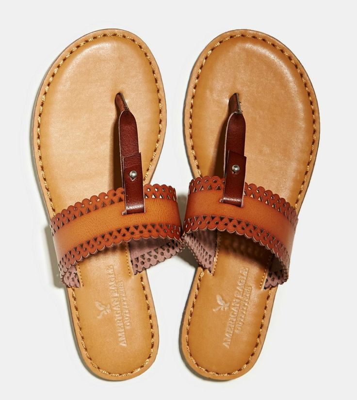 Cute sandals from American Eagle. Love their flip flops.