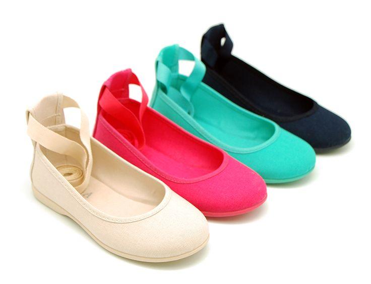 Tienda online de calzado infantil Okaaspain. Bailarina de lona con cintas tipo ballet con lazo. Calidad al mejor precio hecho en España.