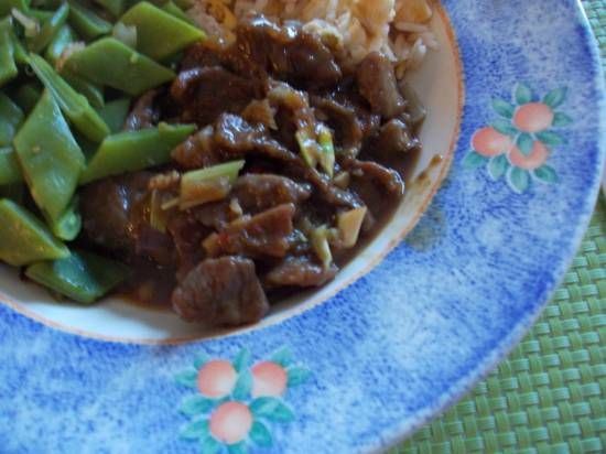 In plaats van biefstuk kun je ook bieflapjes gebruiken. Ik koop vaak de biefstukpuntjes bij AH. Heerlijk mals! Laat het vlees lekker intrekken voordat je het...