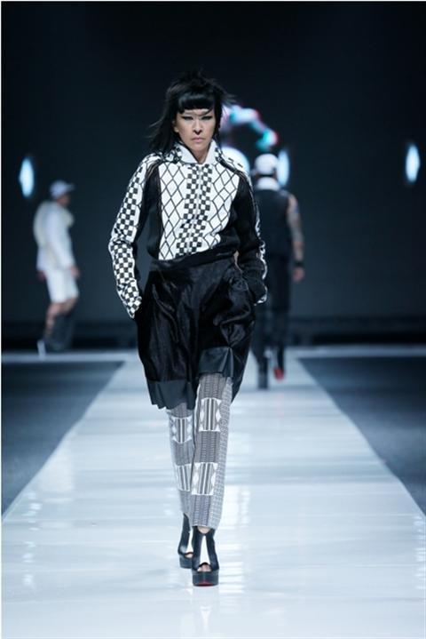 Jakarta Fashion Week 2012-2013..Designer Priyo Ocktavio. Fashion designer from Indonesia
