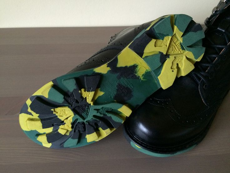 Alkali, Water, Acid, Fatigue and Satan Resistant. That's enough reason to own a pair, don't you think? With Camo sole. Well, get your pair now at 35% discount. http://www.raspberryheels.com/shop/produkt,en,men,7th-heaven--gideon.html