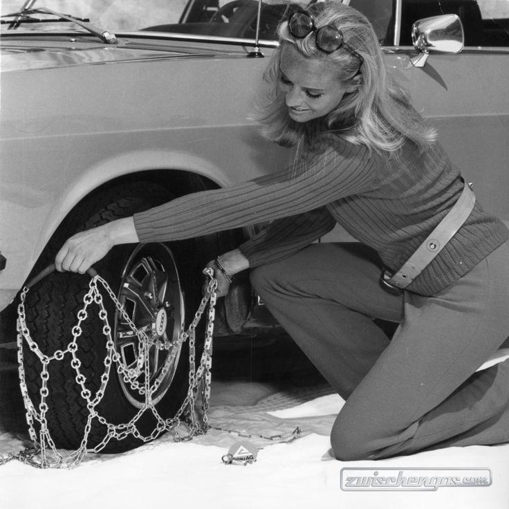 So zieht man Schneketten auf… #Audi80 #Audi #Schneeketten #zwischengas #classiccar #classiccars #oldtimer #auto #car #cars #vintage #retro