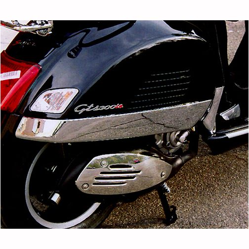 CHROME PAIR OF SIDE FAIRINGS - I would love to see this on my sweetie's Vespa GTV 250