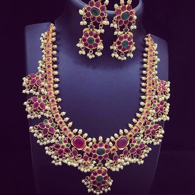 Gold Guttapusalu Necklace Designs, Gold Hyderabad Style Necklace Designs, Andhra Style Gold Necklace Designs.