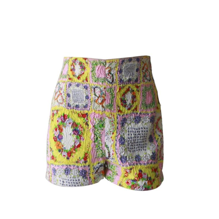 Gianni Versace Shorts Spring 1994 | From a collection of rare vintage shorts at https://www.1stdibs.com/fashion/clothing/shorts/